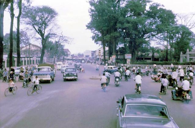 SAIGON 1968 - Ngã ba Chi Lăng - Lê Văn Duyệt