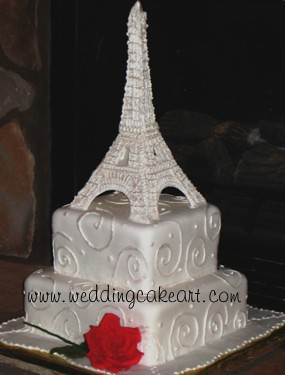Eiffel Tower Cake Pictures on Eiffel Tower Cake Pastillage Eiffel Tower With Details Piped On With