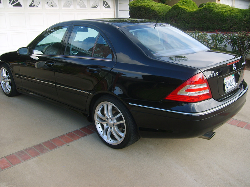 For sale 2005 black mercedes benz c230 sport w 18 for Mercedes benz rims for sale