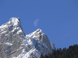 Moon over te Alps