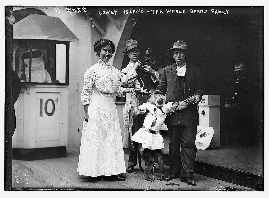 Coney Island, the Whole Drand Family  (LOC)