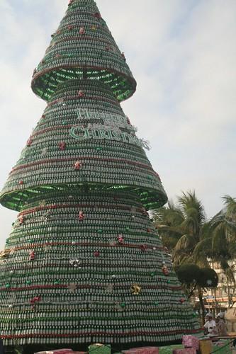 Beer bottle christmas tree flickr photo sharing for How to make a beer bottle christmas tree
