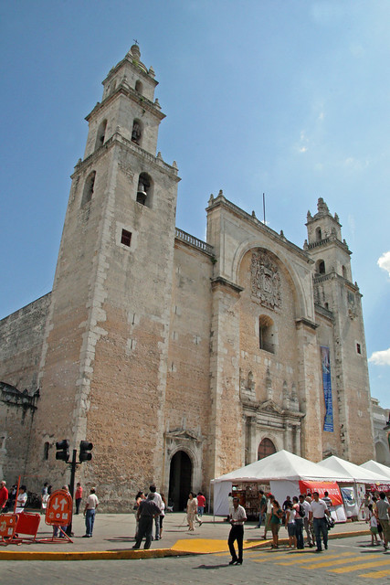 Merida Travel Guide by CC user exfordy on Flickr