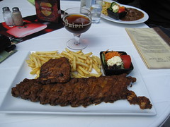 meal, lunch, steak, grilling, barbecue, restaurant, meat, churrasco food, food, dish, cuisine,