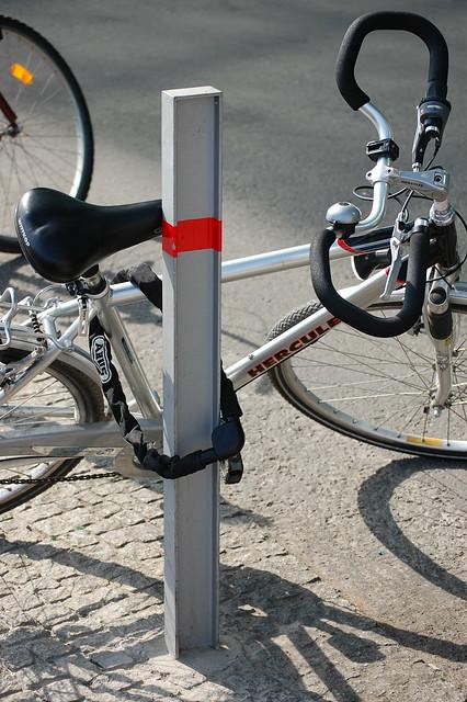 Bike locking FAIL