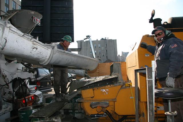 Concrete form vibrator for a electric drill
