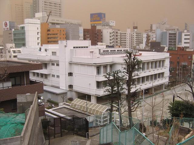 Photo:まだまだ・・・/本町小学校 By surround