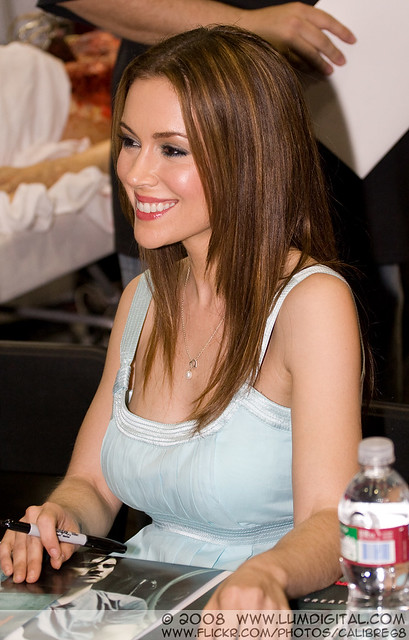 Alyssa Milano Pathology http://www.flickriver.com/photos/calibre68/tags/pathology/
