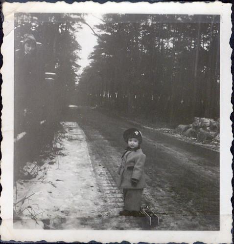 1957 est. Undated Judith Cohen 2 Jahre Alt 18