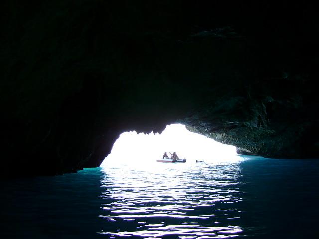 grotta azzurra-isola di Dino