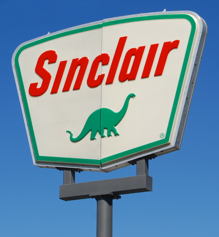 Sinclair Apartments: Sinclair Gas Station Sign, 1970's
