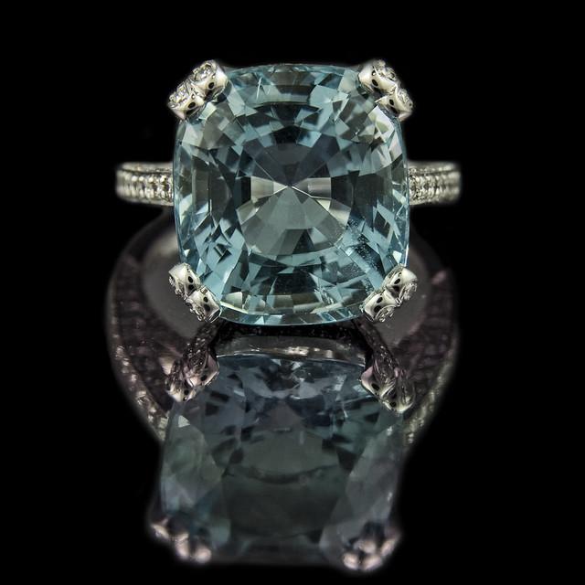 cushion cut aquamarine engagement ring 9 8ct cushion cut