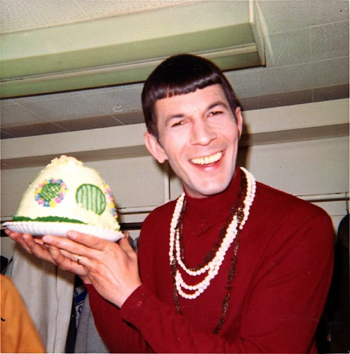 Leonard Nimoy with Hobbit Hole cake