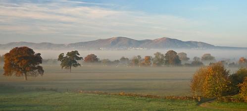 morning november autumn trees england sunlight mist colour english fog sunrise landscape geotagged dawn searchthebest great north hills fields malvern worcestershire worcester malverns naturesfinest platinumphoto impressedbeauty geo:lat=5216288 geo:lon=2217897