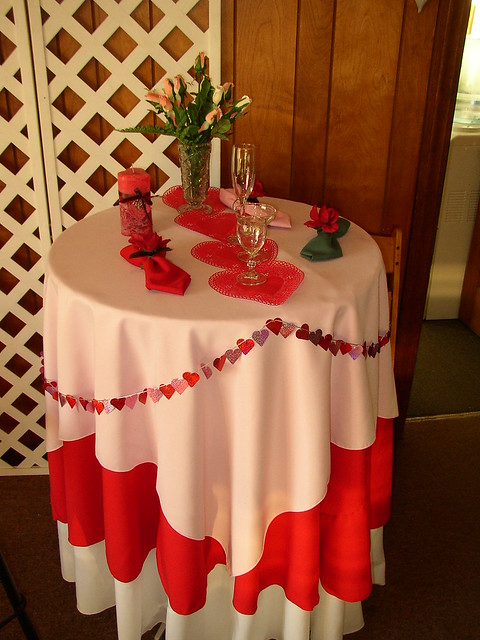 Valentines day table decor flickr photo sharing for Table design for valentines day
