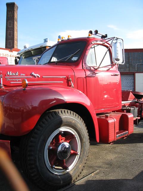B 61 Mack Thermodyne : Mack thermodyne b cab flickr photo sharing