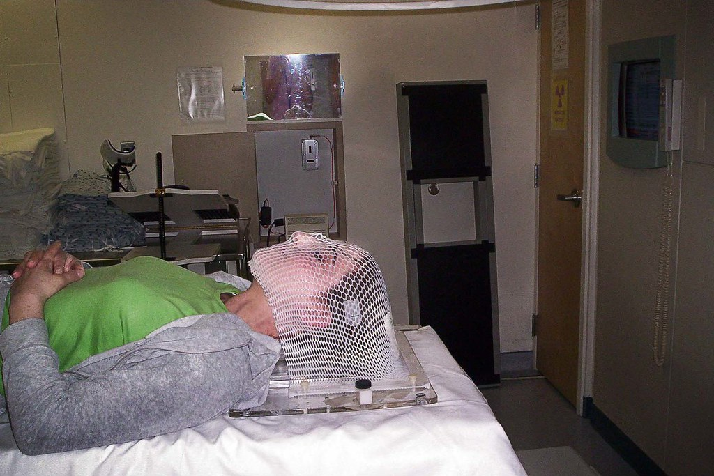 Clara Behar: Photo 8 of 12