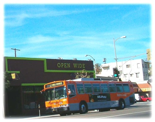 Los Angeles County Metropolitan Transit Authority (METRO) Neoplan on Route 2 along Sunset Blvd