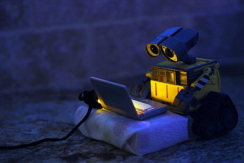 WALL•E Discovers the Internet