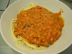 produce(0.0), curry(1.0), italian food(1.0), vegetarian food(1.0), spaghetti(1.0), bolognese sauce(1.0), food(1.0), dish(1.0), cuisine(1.0),