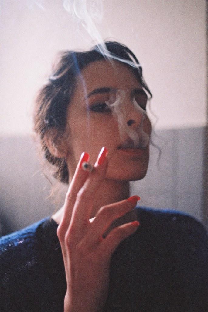 Silence Smoke - Stunning Collection of Smoking Portraits