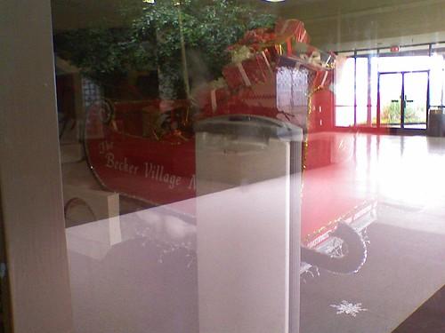 cameraphone santa mall nc northcarolina tragic sleigh packages roanokerapids beckervillagemall lgvx8600