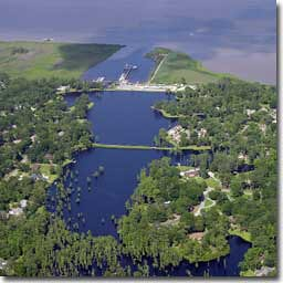 marina condominiums scwaterfrontcommunity southcarolinawaterfrontproperty yachtclubatbelleisle