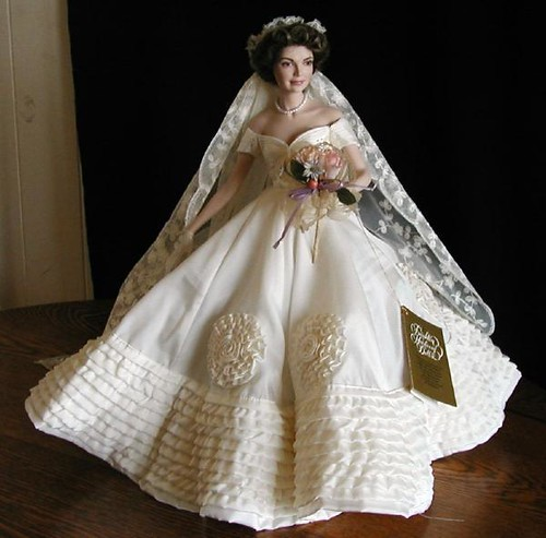 2187089586 for Jackie kennedy wedding dress