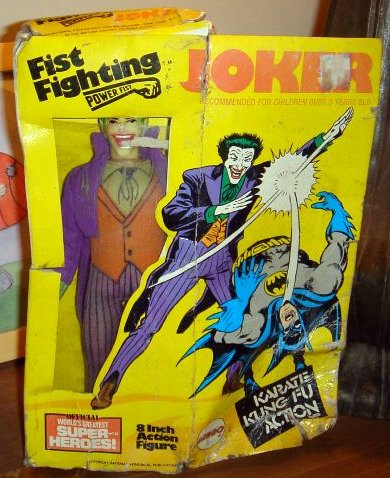 mego8bat_joker_fistfighting.JPG