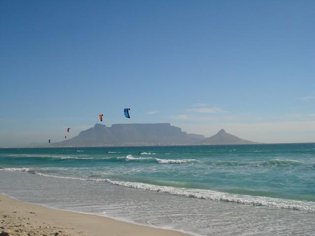 vita kistbord ~ kite surfing, cape town  flickr  photo sharing!