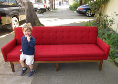 sofa free, almost by petalum