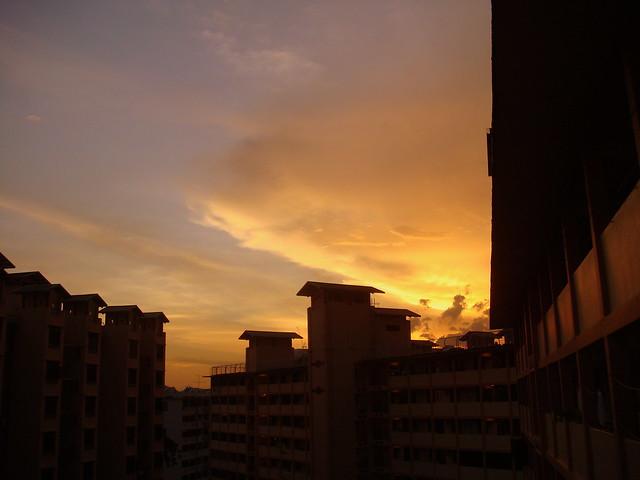 The  captivating sunset Singapore