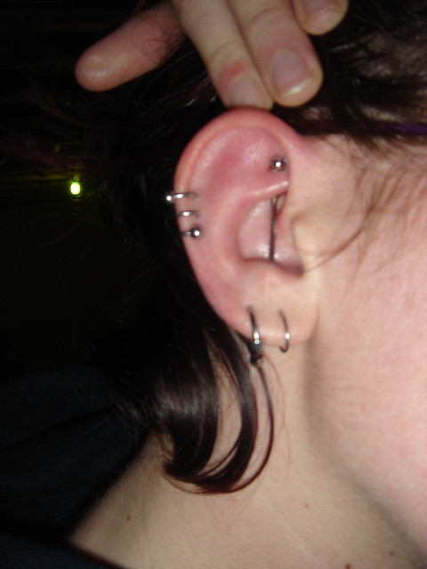 how to change a rook piercing for the first time