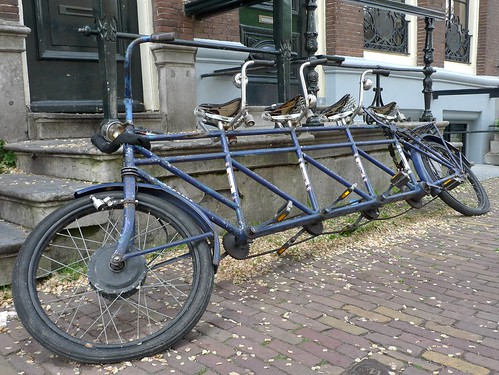 Bakfiets en meer blog archive four person tandem bike for 4 box auto in tandem