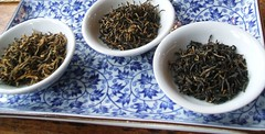 tea(0.0), drink(0.0), gyokuro(0.0), darjeeling tea(1.0), da hong pao(1.0), assam tea(1.0), herb(1.0),