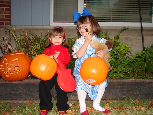 Murray Wiggle and Dorothy prepare for candy begging.