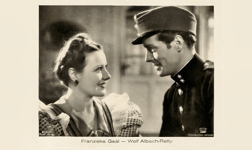 Franziska Gaal and Wolf Albach-Retty in Frühjahrsparade (1934)