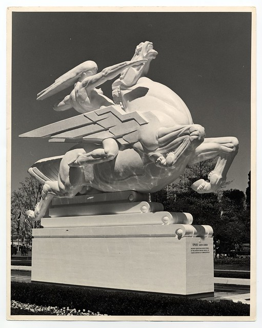 joseph e renier 39 s plaster statue speed at the 1939 new york world 39 s fair court of. Black Bedroom Furniture Sets. Home Design Ideas