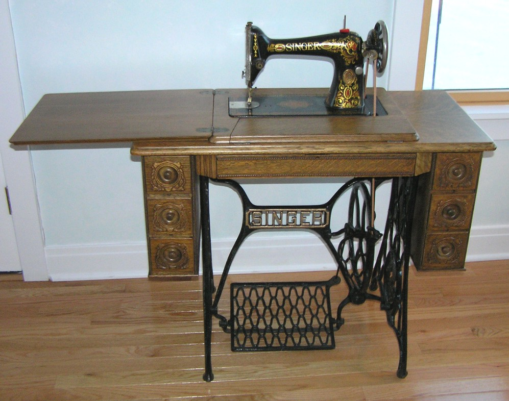 antique singer sewing machine serial numbers value