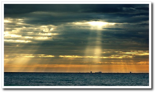 Rays over Cozumel