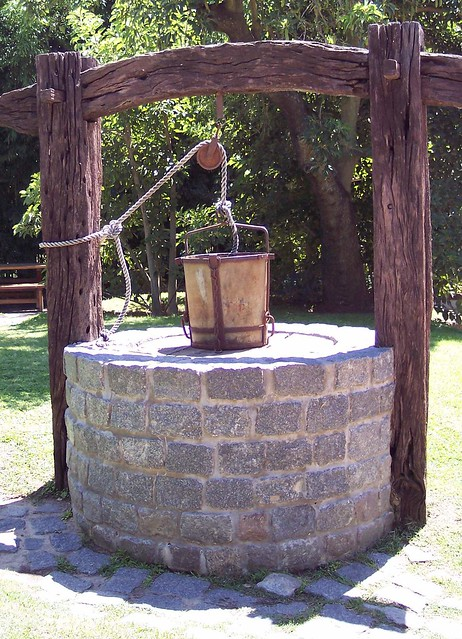 Old water well flickr photo sharing for Garden well designs