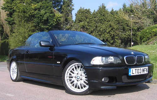 black bmw 330ci convertible automotive news. Black Bedroom Furniture Sets. Home Design Ideas