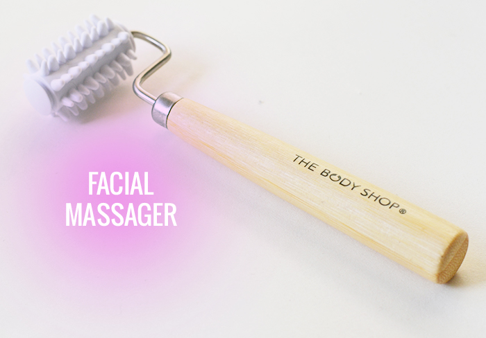 The Body Shop Facial Massager 02