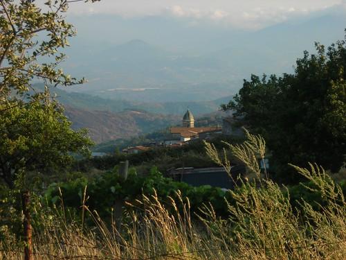 D0727 Acquaformosa (Via Abbazia di fronte a casa Brigante) veduta di San Giovanni Battista e verso San Sosti