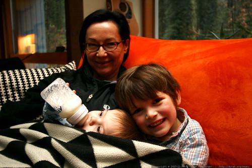 nick helping grandma feed sick sequoia    MG 6125