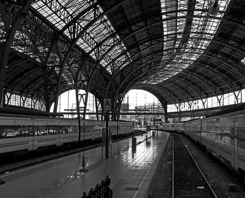 estacion de francia en barcelona, una pedazo de estación de tren