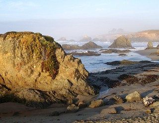 Rocky Pacific shore at Glass Beach near Fort Bragg, CA (glassbeach12)