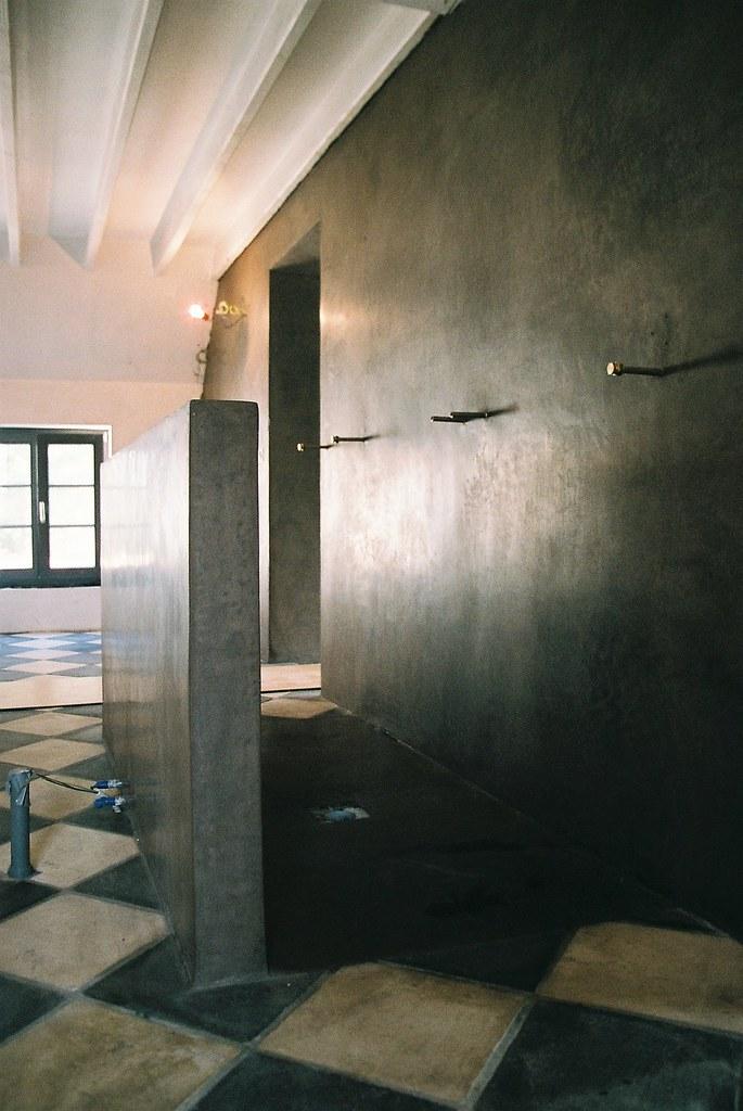 Salle de bain en tadelakt | mur, paroi et sol de douche en t ...