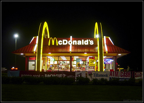 Dude Sues McDonald's for $1.5 mil Over NAPKIN