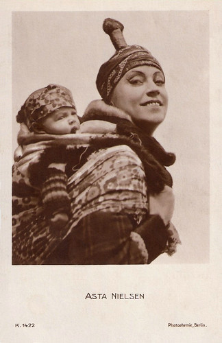Asta Nielsen in Das Eskimo-Baby